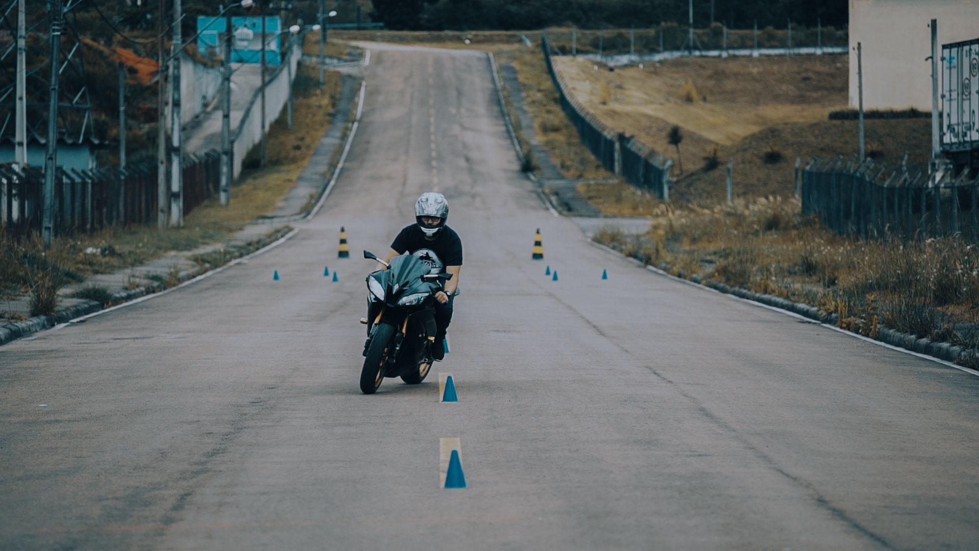 Pilotagem de Motocicletas